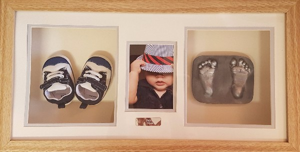 2D Keepsake Booties and Photo Framed