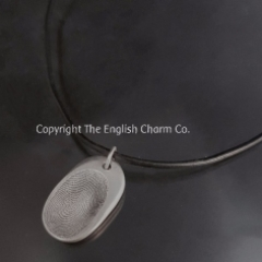 Fingerprint on black leather Necklet